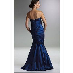 7ad4d622476 Rina diMontella Dresses - Rina di Montella Evening Dress